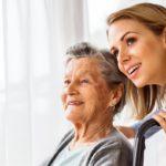 s'occuper des seniors - image