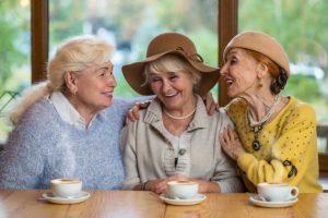 Seniors et colocation - image