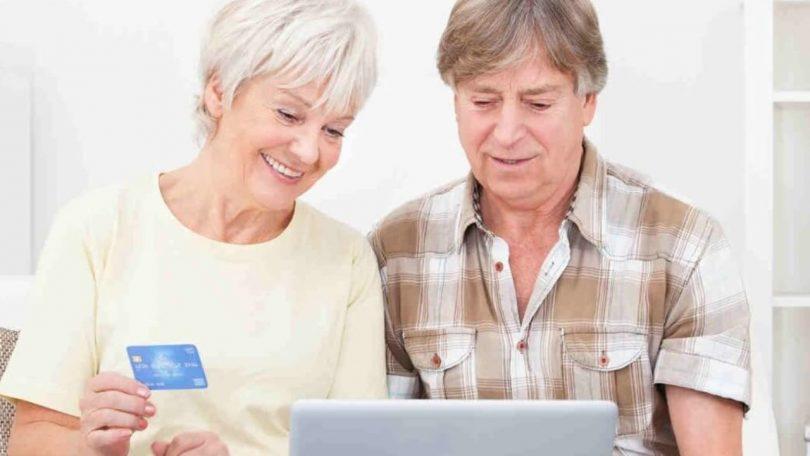 La banque en ligne est-elle adaptée aux seniors ?